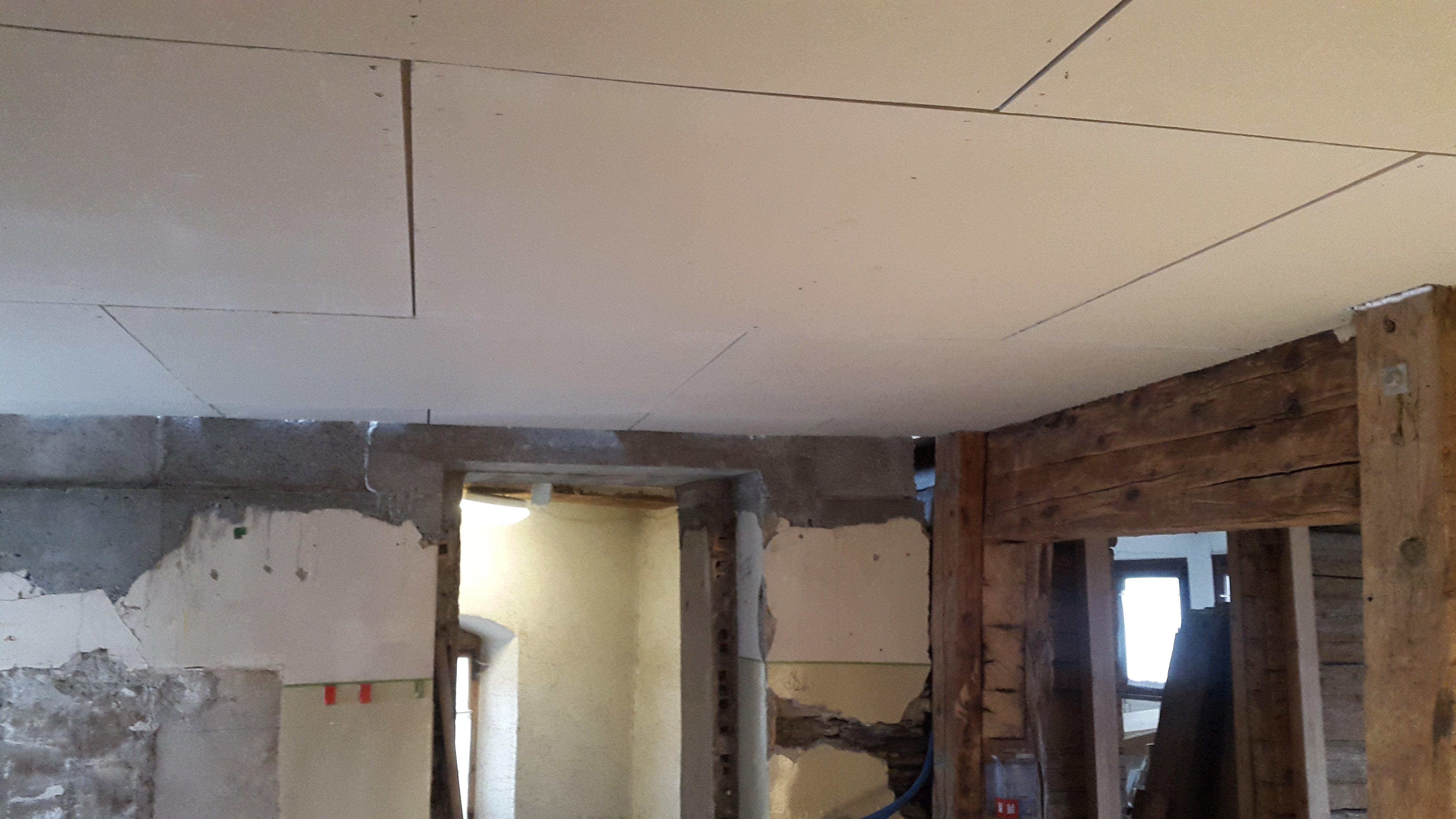 R novation d 39 une maison de 1752 2016 mars for Renover plafond abime